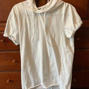Long hooded t-shirt
